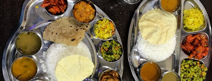Thali NR sweets cafe is one of Lugares favoritos de Animz.