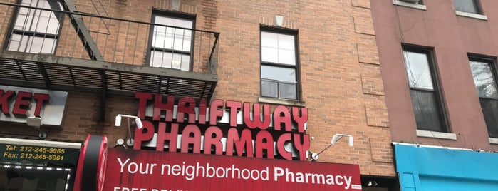 Thriftway Pharmacy is one of Lugares favoritos de Wade.