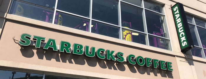 Starbucks is one of สถานที่ที่ Jason ถูกใจ.