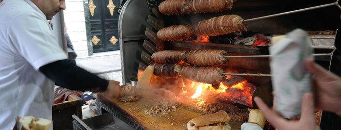Kral Kokoreç is one of Street Food.