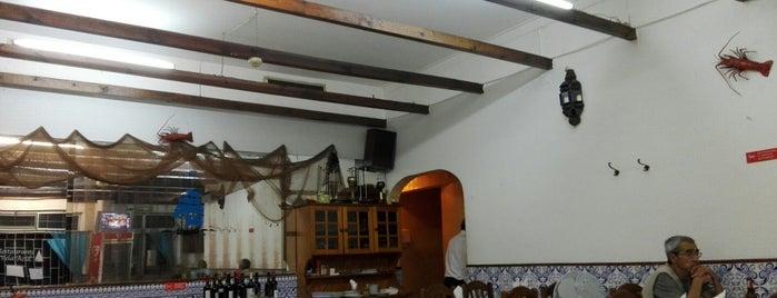Restaurante Vela Azul is one of Restaurantes.