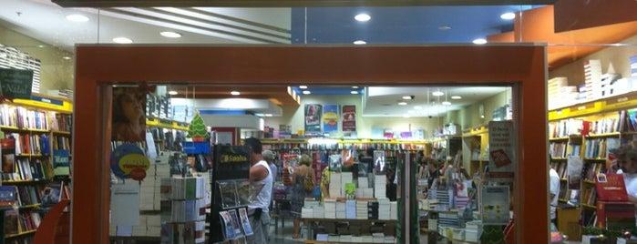 Livraria Saraiva is one of Orte, die Cris gefallen.