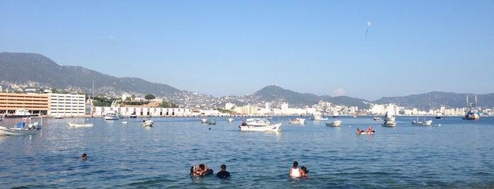 Playa Tlacopanocha is one of LinaFunk : понравившиеся места.