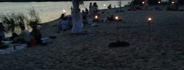 Nazar Beach is one of V͜͡l͜͡a͜͡d͜͡y͜͡S͜͡l͜͡a͜͡v͜͡a͜͡'ın Beğendiği Mekanlar.
