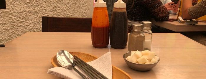 Tasty Korean Food is one of Orte, die Juan gefallen.