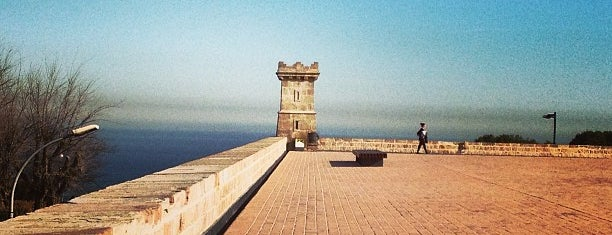 Castillo de Montjuic is one of Museus i monuments de Barcelona (gratis, o quasi).