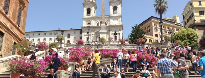 Piazza di Spagna is one of rome | to do.
