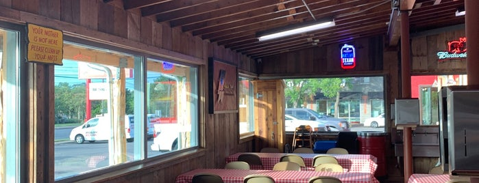 Rudy's Country Store & Bar-B-Q is one of ATX Faves.