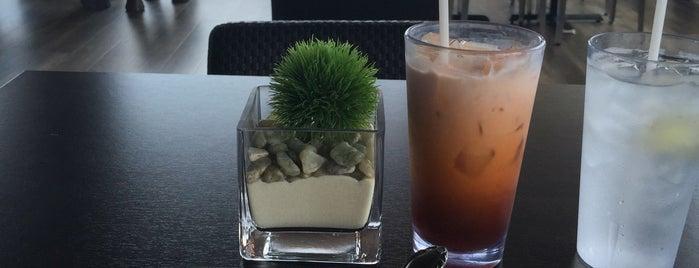 Tree House Thai Restaurant is one of Locais salvos de Paresh.