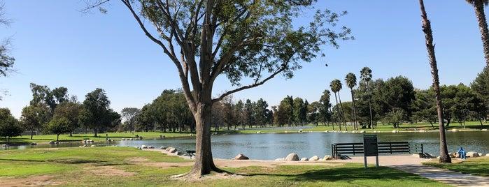 Mile Square Regional Park is one of Posti che sono piaciuti a Michael.