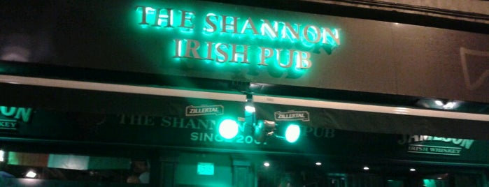 The Shannon Irish Pub is one of Locais salvos de Claudia.