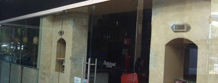 Molletonni Cucina & Bar is one of Karen 🌻🐌🧡 님이 저장한 장소.