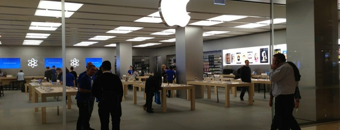 Apple Chatswood Chase is one of Shop Till You Drop.