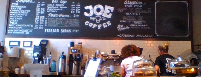 Joe Coffee is one of Lugares favoritos de Angela.