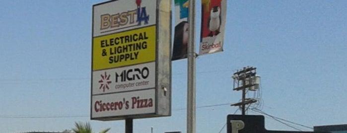 Ciccero's Pizza is one of Lugares favoritos de Dan.