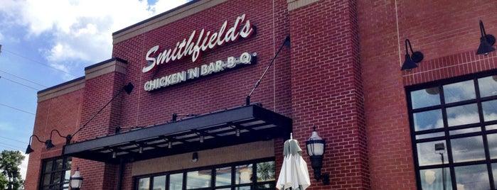 Smithfield's Chicken 'N Bar-B-Q is one of สถานที่ที่ Olivia ถูกใจ.