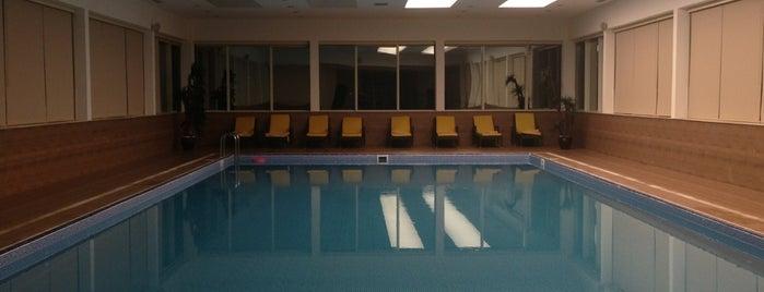 Nevali Hotel Spa & Fitness is one of สถานที่ที่ Müjgan ถูกใจ.