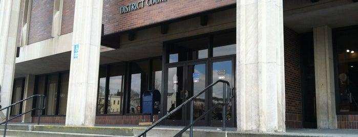 Lynn District Court is one of สถานที่ที่บันทึกไว้ของ Gary.