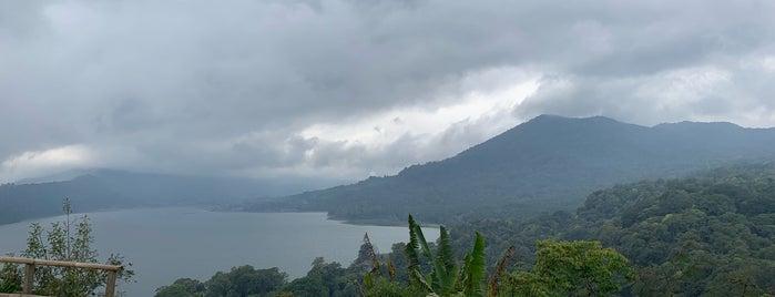 Danau Buyan is one of Bali Indonésie 🇮🇩.