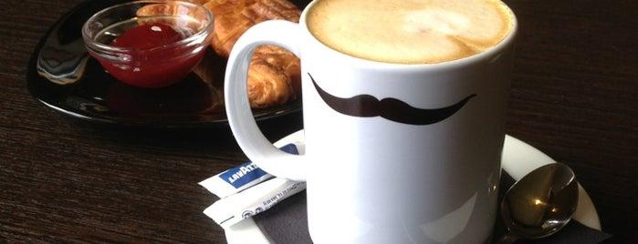 Crema Caffe is one of Natashaさんの保存済みスポット.