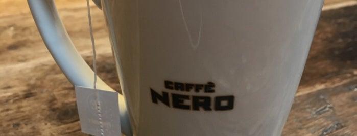 Caffè Nero is one of Lugares favoritos de Graham.
