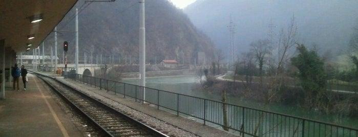 Železniška postaja Zidani most is one of #pajzlspotting.