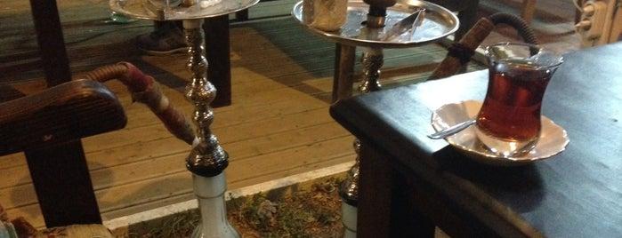 Semaver Nargile Cafe is one of Sultanahmet.