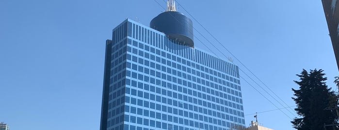 WTC Torre de oficinas is one of Tempat yang Disimpan Fabiola.