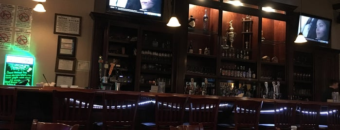 Fat Grass Restaurant & Bar is one of Adventures.