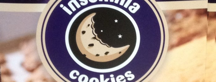 Insomnia Cookies is one of Tempat yang Disukai Lizz.
