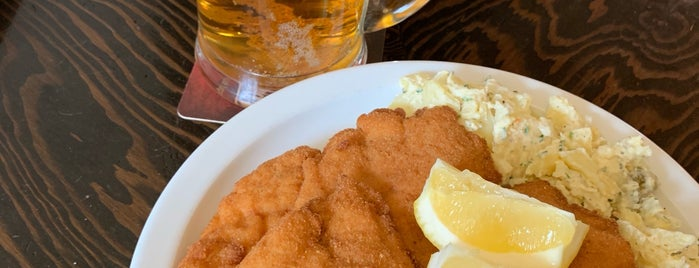 Schnitzel Queen is one of Cheap Eats Toronto.