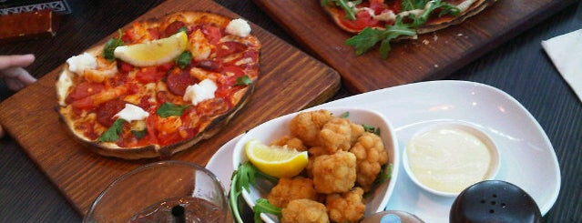 Bondi Pizza Bar is one of Sydney Entertainment Book Card 13/14.