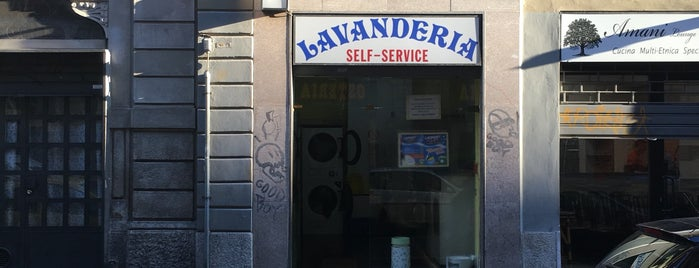 Lavanderia Self-Service is one of Milano Laundry.