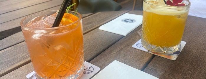 Zeplin Pub & Delicatessen is one of ⭐️Favorito Mavorito⭐️.