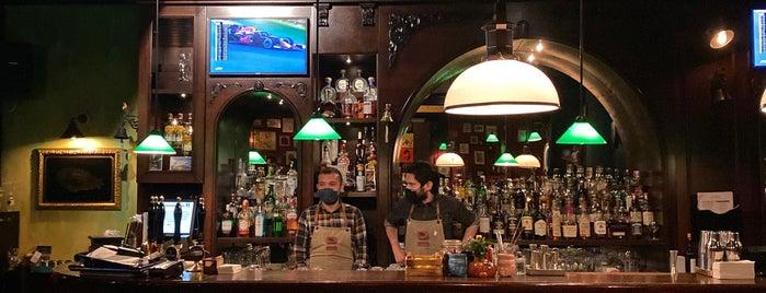 Zeplin Pub & Delicatessen is one of Mekansss.