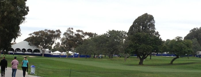Torrey Pines Center North is one of Lugares favoritos de Mike.