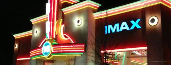 Cobb Hollywood 16 Theatre & IMAX is one of Vasha 님이 좋아한 장소.