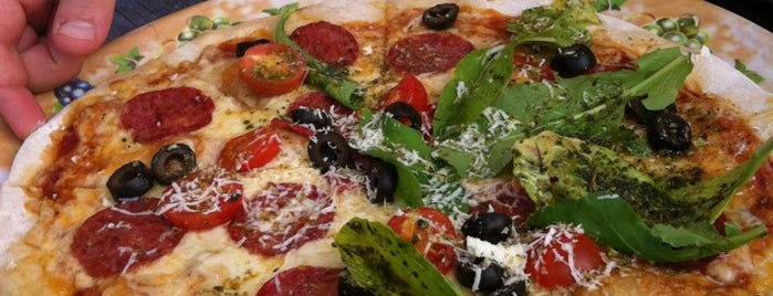 Fabrica de Pizza is one of Circuito Barrio Italia.