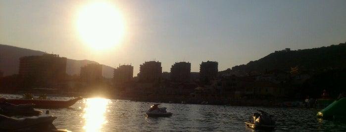 Igalo Beach is one of Gespeicherte Orte von Anna.