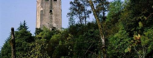 Rovine Castello di Collalto is one of i diari della Lambretta.