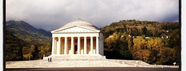 Tempio del Canova is one of i diari della Lambretta.