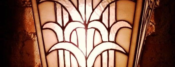 Zinc Bar is one of Art Deco Haunts.