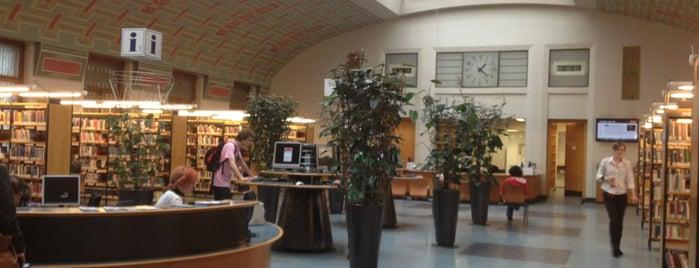 Ústřední knihovna is one of Přaha (mylovanā) ♥️.