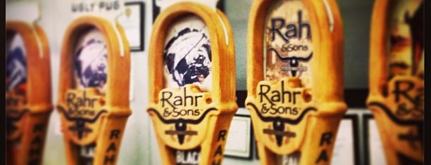 Rahr & Sons Brewing Co. is one of Tempat yang Disukai Dustin.