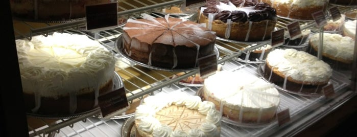 The Cheesecake Factory is one of Brandon'un Beğendiği Mekanlar.
