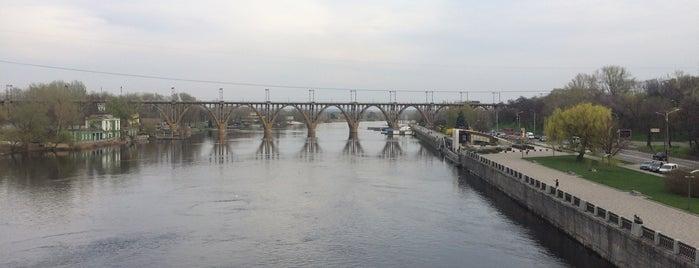 Мерефо-Херсонский мост is one of Orte, die Yunus gefallen.