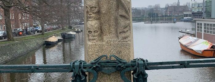 Boerenweteringbrug (Brug 406) is one of Amsterdam.