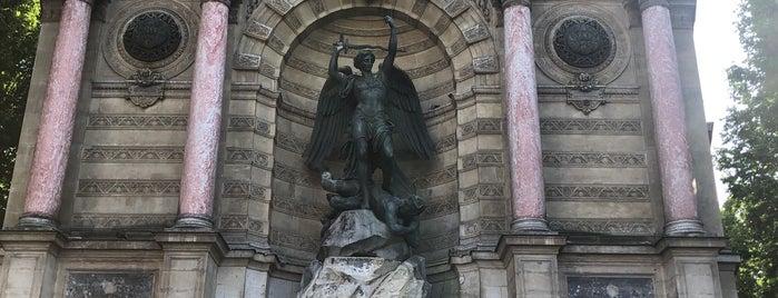 Fontaine Saint Michel is one of Paulo&Ju@Paris2019.
