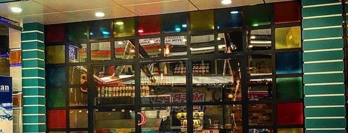 Meriday Waffle | Small is one of Orte, die Mahide gefallen.