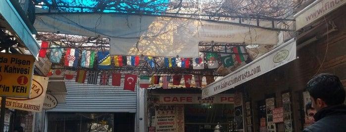 Şükrü Bey'in Yeri is one of SERKAN IN GİTTİĞİ MEKANLAR.